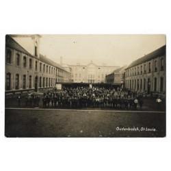 Oudenbosch 1933 - St.Louis -binnenplaats