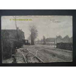 Drunen 1917 - bij de tramremise