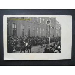 Feest - ereboog - ca. 1920 - fotokaart onbekend