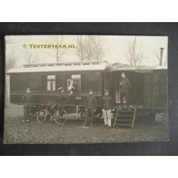 Den Hout 1915 - militairverblijf - fotokaart