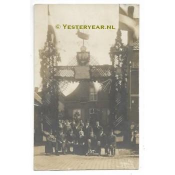 Tilburg 1919 - fotokaart gouden paar Goirkestraat