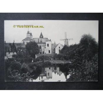 Ravenstein 1914 - gezicht op - molen - kerk