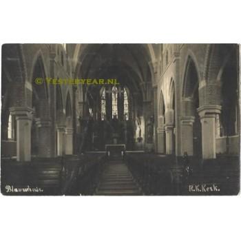 Blauwhuis 1925 - R.K.Kerk interieur- fotokaart