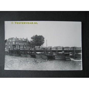 Vlissingen of Zierikzee ca. 1940 - ponton - schipbrug -fotokaart