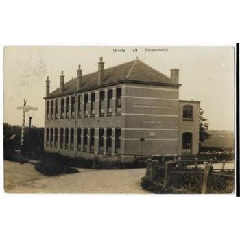 Nieuwendijk 1912 - School met den Bijbel - fotokaart