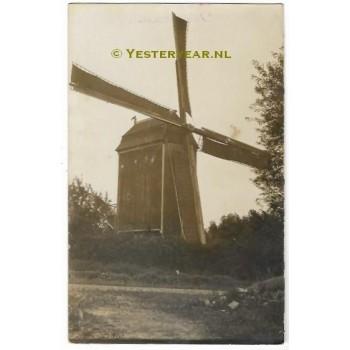 Kruiningen 1910 - molen - fotokaart