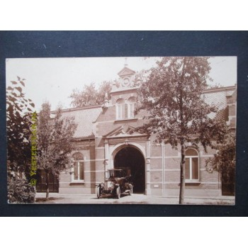 Helmond ca. 1925 - auto bij de Poort