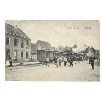 Hasselt 1910 - Tramstation met rokende tram