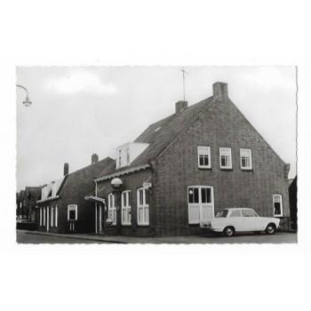 Hoedekenskerke 1961 - Hotel cafe den Dekker