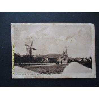Poortvliet 1925 - Molenstraat met molen