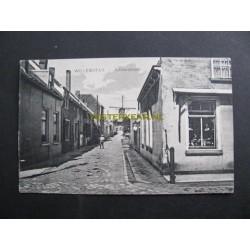 Willemstad ca. 1910 - Achterstraat met Oranjemolen