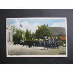 Staphorst 1946 - kerkgang - klederdracht