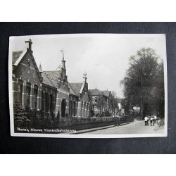 Rhenen ca. 1940 - Nieuwe Veenendaalse weg - met school