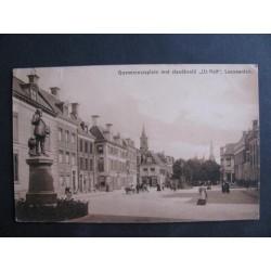 Leeuwarden 1913 - Goeveneursplein met standbeeld Uz Heit