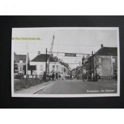 Roosendaal 1950 - de Schuiven -spoorwegovergang