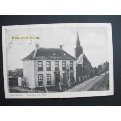 Ravenswaaij ca. 1910 - Pastorie en kerk