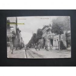 Waalwijk ca. 1920 - Grootestraat- links hotel Verwiel