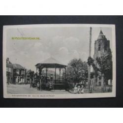 Nieuwerkerk 1930 - bij de muziektent