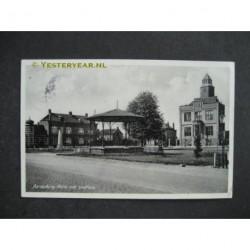 Aardenburg 1942 - Markt met stadhuis