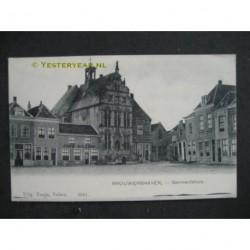 Brouwershaven ca. 1905 - Markt gemeentehuis