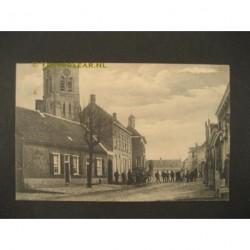 Hoeven 1916 - gemeentehuis en kerktoren
