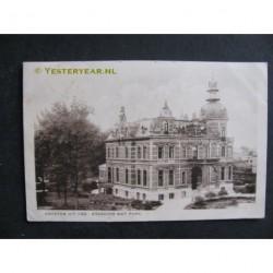 Oss 1931 - Stadhuis met park