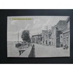 Lekkerkerk ca. 1915 - Lekdijk en dorpsgezicht