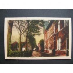 Uitgeest ca. 1915 - Middelweg met Postkantoor