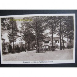 Soestdijk ca. 1930 - bij de Wilhelminaboom