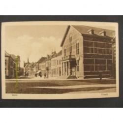 Weert ca. 1925 - Markt met gemeentehuis