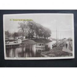 Franeker 1930 - Noorder Bolwerk - veerbootje