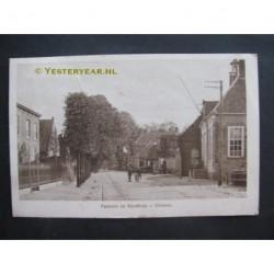 Drunen ca. 1915 - Pastorie en Oude Raadhuis