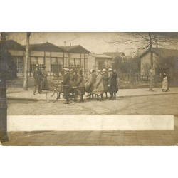 Witmarsum ca. 1925 - meisjes - fotokaart