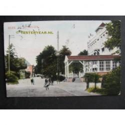 Beek 1912 - tram bij hotel