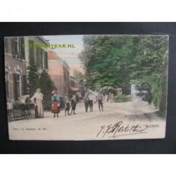 Dieren 1904 - Ingang dorp