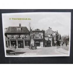 Bennekom 1947 - Dorpstraat met Hotel Dorpzicht