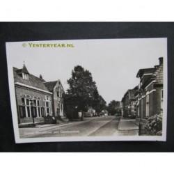 Holten 1951 - Dorpsstraat met gemeentehuis