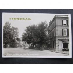 Terborg 1943 - Marktplein met Hotel de Rode Leeuw