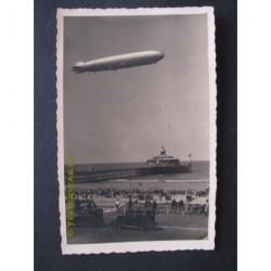 Scheveningen 1932 - de LZ127 Graf Zeppelin op bezoek