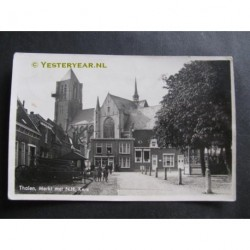 Tholen 1945 - Merkt met NH Kerk