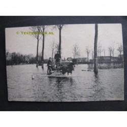 Hntenisse 1906 - watersnood-kar en paard