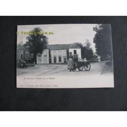 St.Michielsgestel ca. 1900 - vrouw met hondenkar en melkbussen