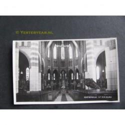 Oisterwijk 1945 - R.K.Kerk interieur- fotokaart