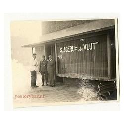 Breda 1942 - Duitse soldaat bij slagerij De Vlijt