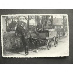 Epe 1943 - bakker Scholten met paard en kar - foto